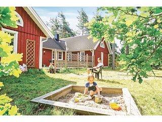 Beautiful home in Köpingsvik w/ Sauna and 6 Bedrooms