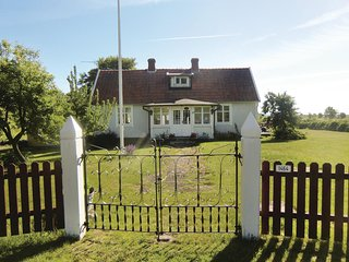 Beautiful home in Borgholm w/ 3 Bedrooms