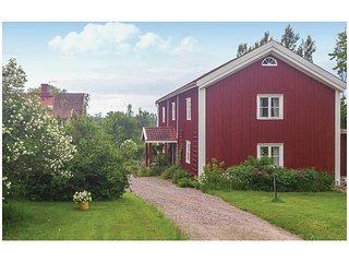 Nice home in Vimmerby w/ WiFi and 3 Bedrooms