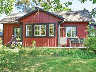 Stunning home in Färjestaden w/ 2 Bedrooms