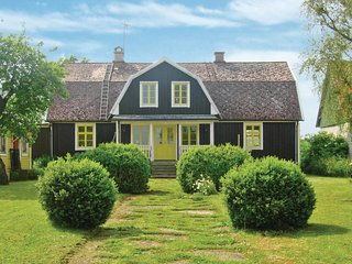 Beautiful home in Degerhamn w/ 3 Bedrooms
