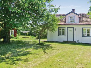Stunning home in Mörbylånga w/ 3 Bedrooms and WiFi