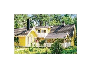 Nice home in Köpingsvik w/ Sauna and 4 Bedrooms