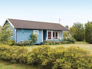Awesome home in Köpingsvik w/ 3 Bedrooms