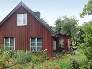 Awesome home in Färjestaden w/ 4 Bedrooms