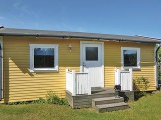 Stunning home in Köpingsvik w/ 1 Bedrooms
