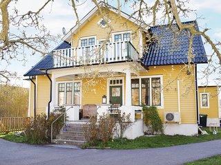 Nice home in Lottorp w/ WiFi and 3 Bedrooms