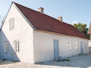 Amazing home in Klintehamn w/ 2 Bedrooms