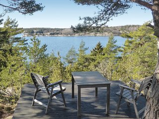 Beautiful home in Strömstad w/ WiFi and 3 Bedrooms