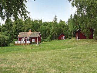 Amazing home in Tjällmo w/ 2 Bedrooms (S60042)