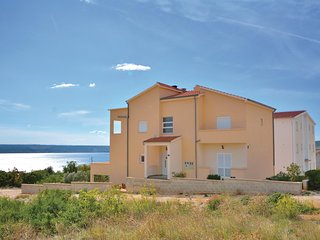 Stunning home in Maslenica w/ WiFi and 3 Bedrooms (CDZ691)
