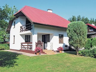 Stunning home in Gietrzwald w/ 3 Bedrooms