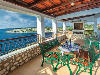 Amazing home in Stratincica w/ WiFi and 3 Bedrooms