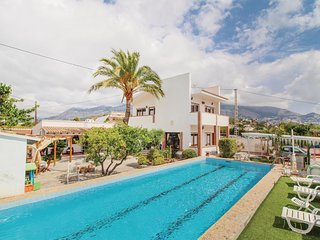Awesome home in Altea w/ WiFi and 5 Bedrooms