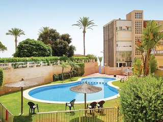 Amazing home in El Campello w/ WiFi and 2 Bedrooms