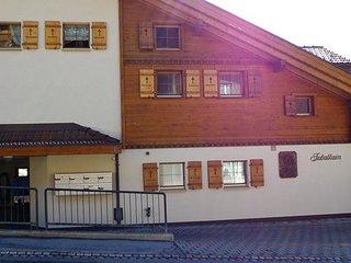 Schone 2.5 Wohnung mit Blick auf Welt-Cup Piste und Alpenpanorama