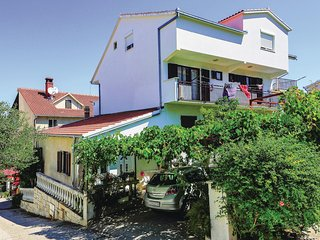Nice home in Mastrinka w/ WiFi and 1 Bedrooms