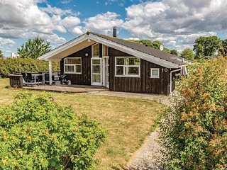 Stunning home in Rude w/ Sauna, 3 Bedrooms and WiFi