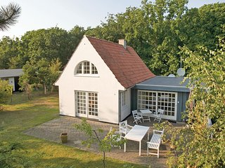 Awesome home in Skælskør w/ WiFi and 3 Bedrooms