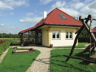 Stunning home in Srokowo w/ 3 Bedrooms