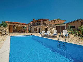 Awesome home in Galovac w/ WiFi and 1 Bedrooms