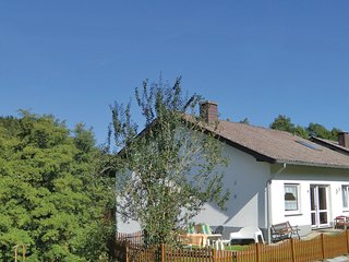 Beautiful home in Lutzkampen w/ WiFi and 3 Bedrooms (DEI237)
