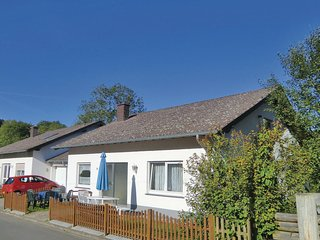 Awesome home in Lutzkampen w/ WiFi and 2 Bedrooms (DEI236)