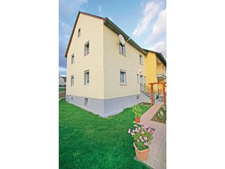 Beautiful home in Ellscheid w/ WiFi and 3 Bedrooms
