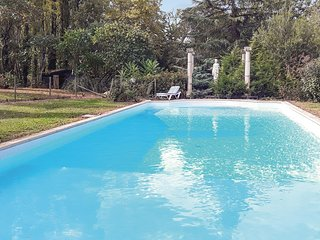 Awesome home in Monbazzillac w/ WiFi, 4 Bedrooms and Outdoor swimming pool