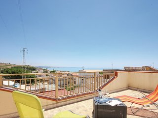 Nice home in Portopalo di Menfi w/ WiFi and 2 Bedrooms