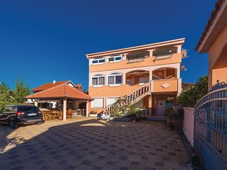 Awesome home in Vrsi w/ WiFi and 2 Bedrooms