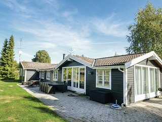 Nice home in Væggerløse w/ 5 Bedrooms (G0068)