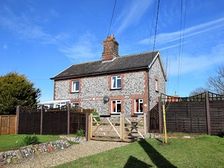 66597 Cottage situated in Trimingham