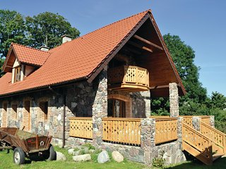 Stunning home in Grabczyn w/ WiFi and 5 Bedrooms
