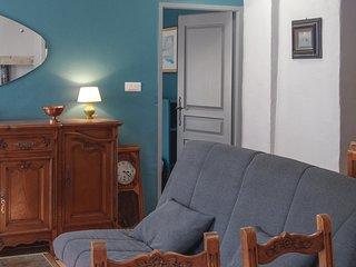 Nice home in Barjac w/ 1 Bedrooms (FLG451)