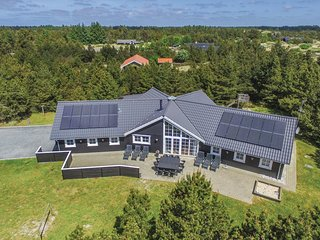 Nice home in Blåvand w/ Sauna, WiFi and 5 Bedrooms (P32024)
