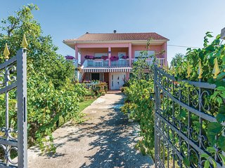 Amazing home in Poljica w/ WiFi and 2 Bedrooms