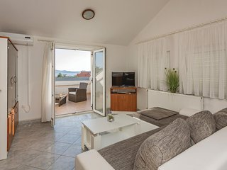 Amazing home in Zadar w/ WiFi and 1 Bedrooms