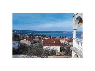 Nice apartment in Gornji Karin w/ WiFi and 1 Bedrooms