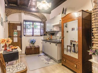 Beautiful home in Roma (RM) w/ WiFi and 2 Bedrooms