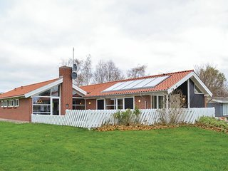 Awesome home in Knebel w/ Sauna, WiFi and 4 Bedrooms (D39039)