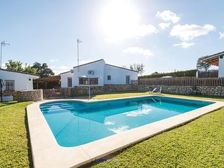 Stunning home in Guillena w/ 4 Bedrooms and Outdoor swimming pool