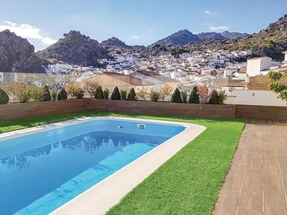 Nice home in Montejaque w/ WiFi, 3 Bedrooms and Outdoor swimming pool (EAC374)