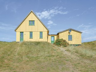 Beautiful home in Frostrup w/ Sauna and 4 Bedrooms