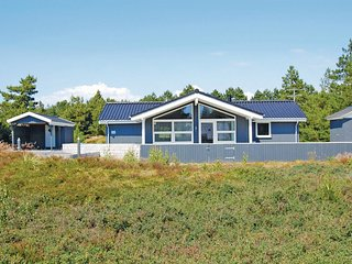 Nice home in Rømø w/ Sauna, WiFi and 3 Bedrooms (R10137)