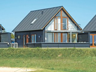 Awesome home in Rømø w/ Sauna, WiFi and 3 Bedrooms (R10134)