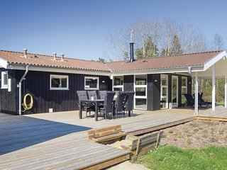 Amazing home in Rømø w/ Sauna, WiFi and 3 Bedrooms (R10124)
