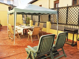 Beautiful home in Granada w/ WiFi and 3 Bedrooms