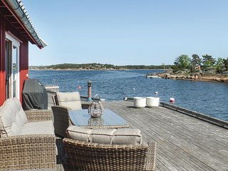 Stunning home in Vesterøy w/ WiFi and 3 Bedrooms (N37052)