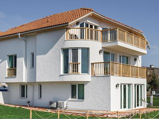 Nice home in Sozopol w/ WiFi and 1 Bedrooms